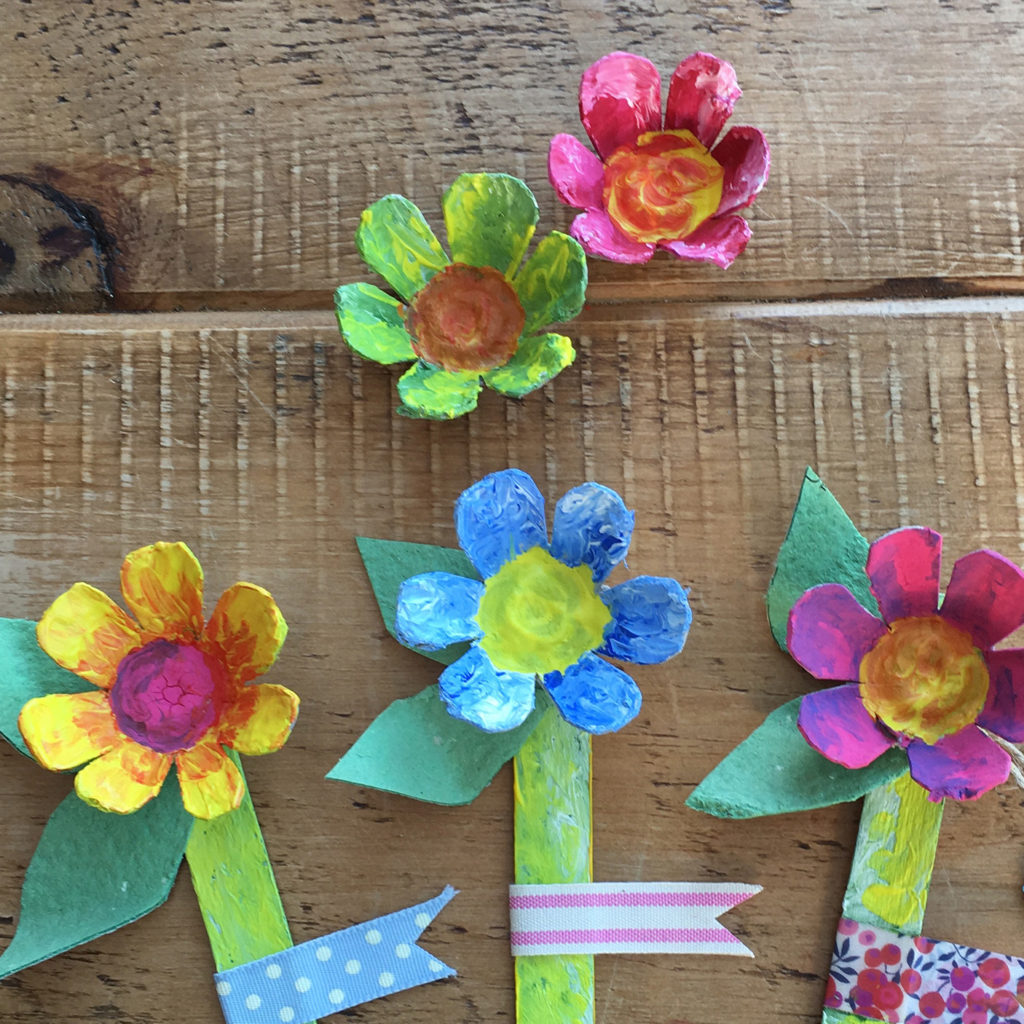 Egg box mother's day flowers craft