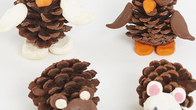 Autumn Craft - pine cone critters