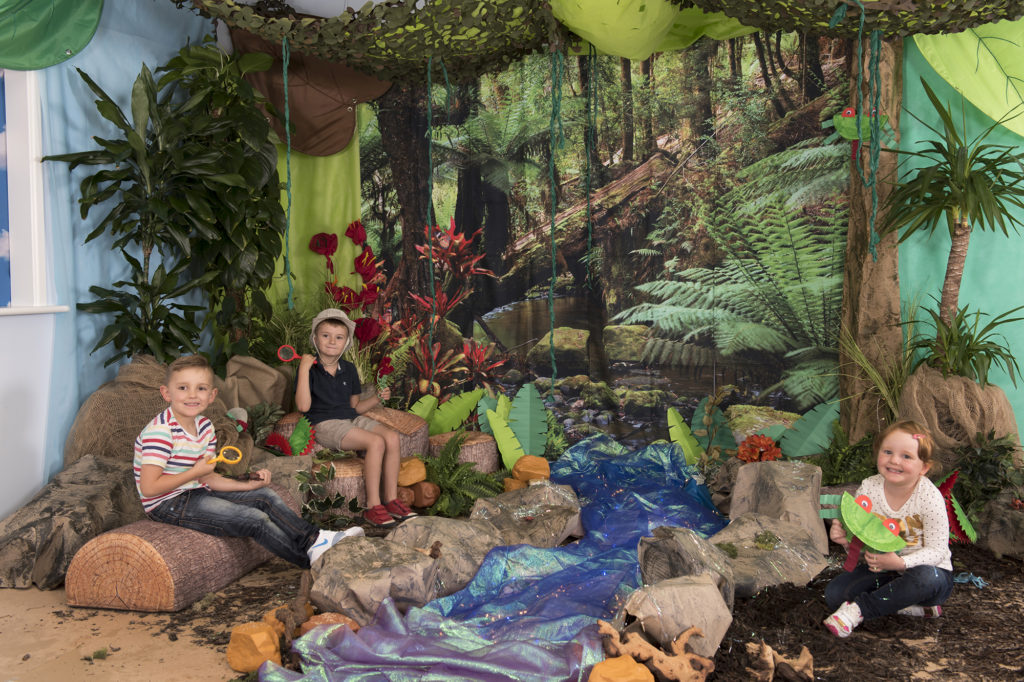 Immersive Environments Backdrop Rainforest classroom display