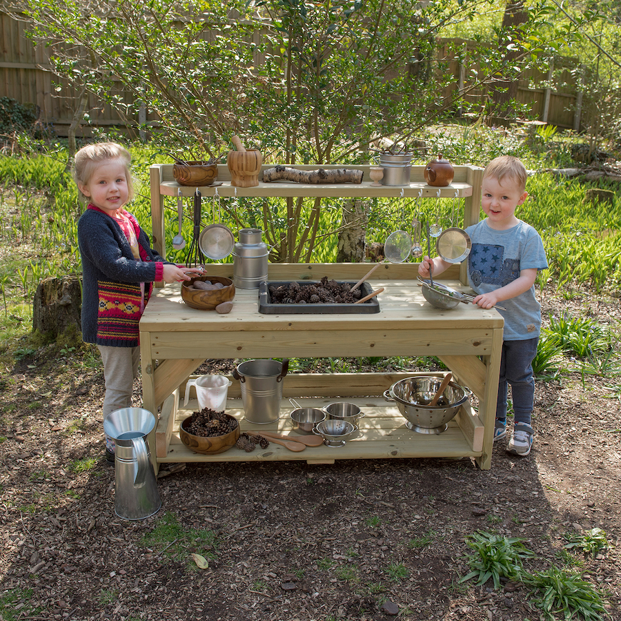 Mud Kitchens, potions, concoctions and mud pies!